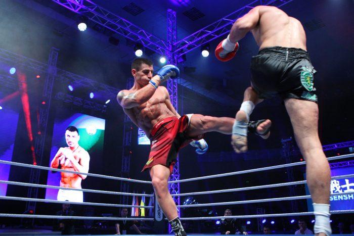Блестящ! Атанас Божилов защити световната си титла на WAKO PRO