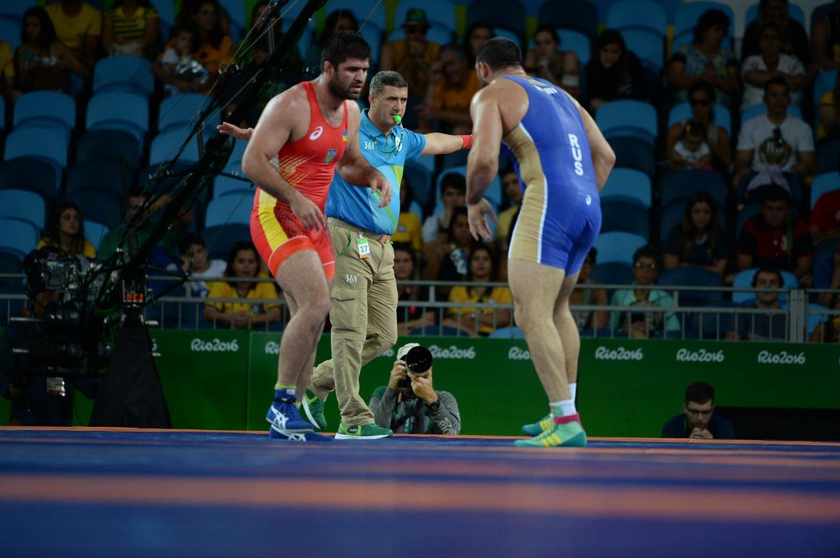 Хванаха с допинг трикратен световен шампион по борба