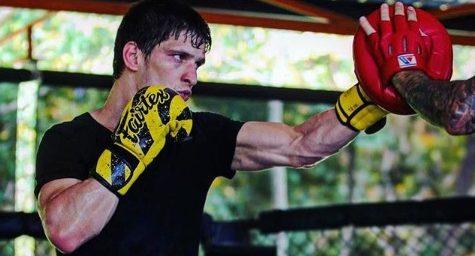 Евлоев ще опита да продължи победната серия в UFC