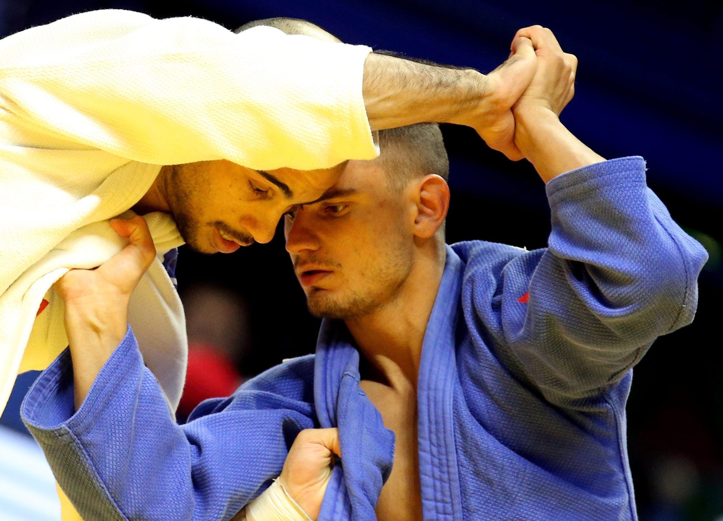 Без медал за България в първия ден на Големия шлем в Будапеща