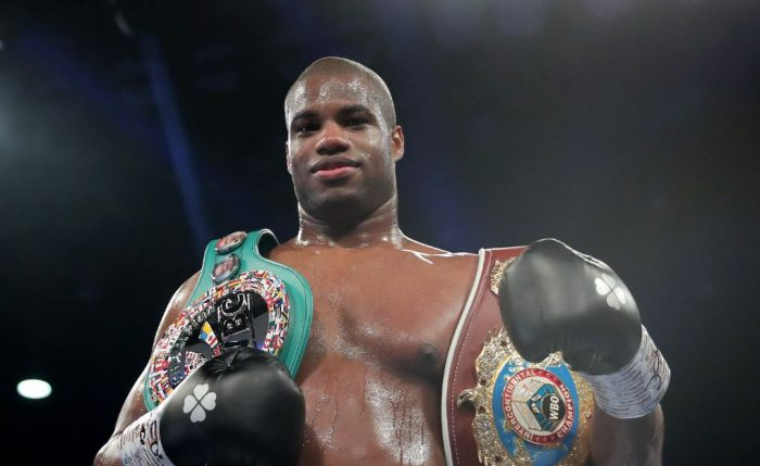 Даниел Дюбоа остава непобеден на професионалния ринг (ВИДЕО)