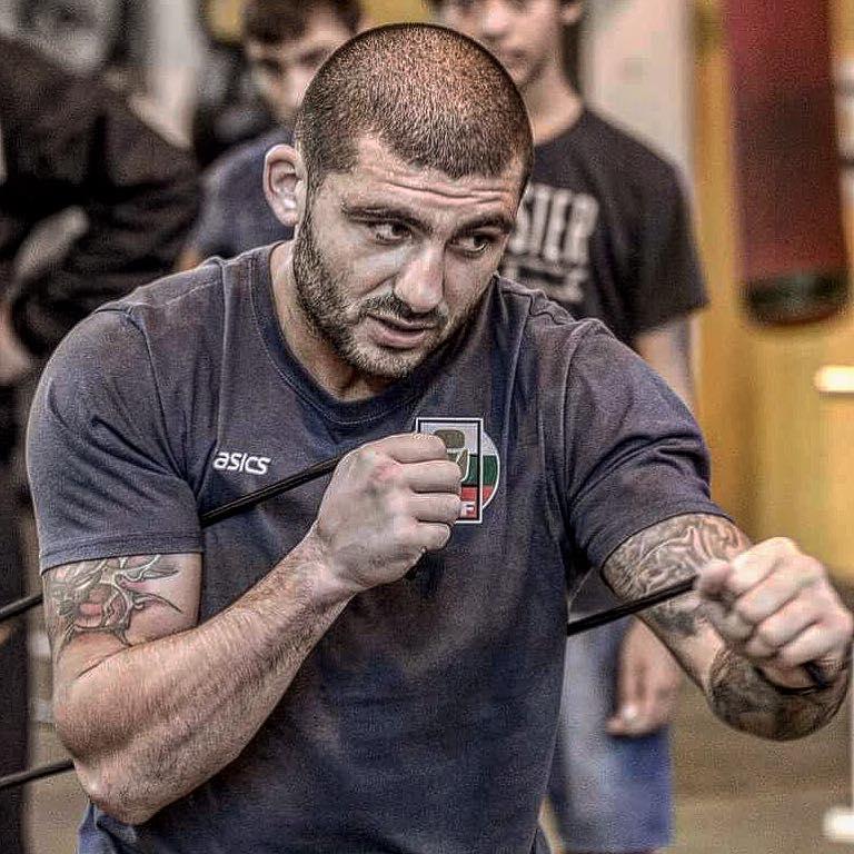 ПОЛЕЗНО: Тренировка по бокс в домашни условия (ВИДЕО)