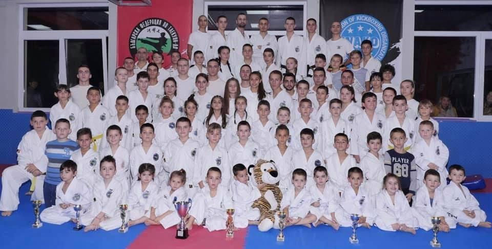 Клуб по таекуон-до спечели 14 медала от онлайн първенство