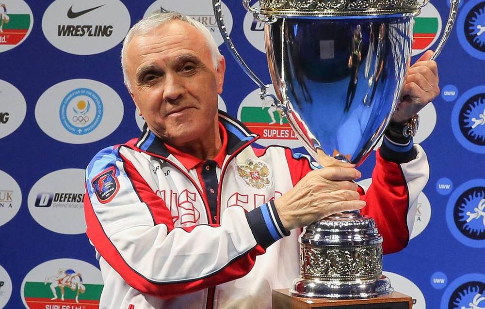 Коронавирус покоси треньор по борба на Русия