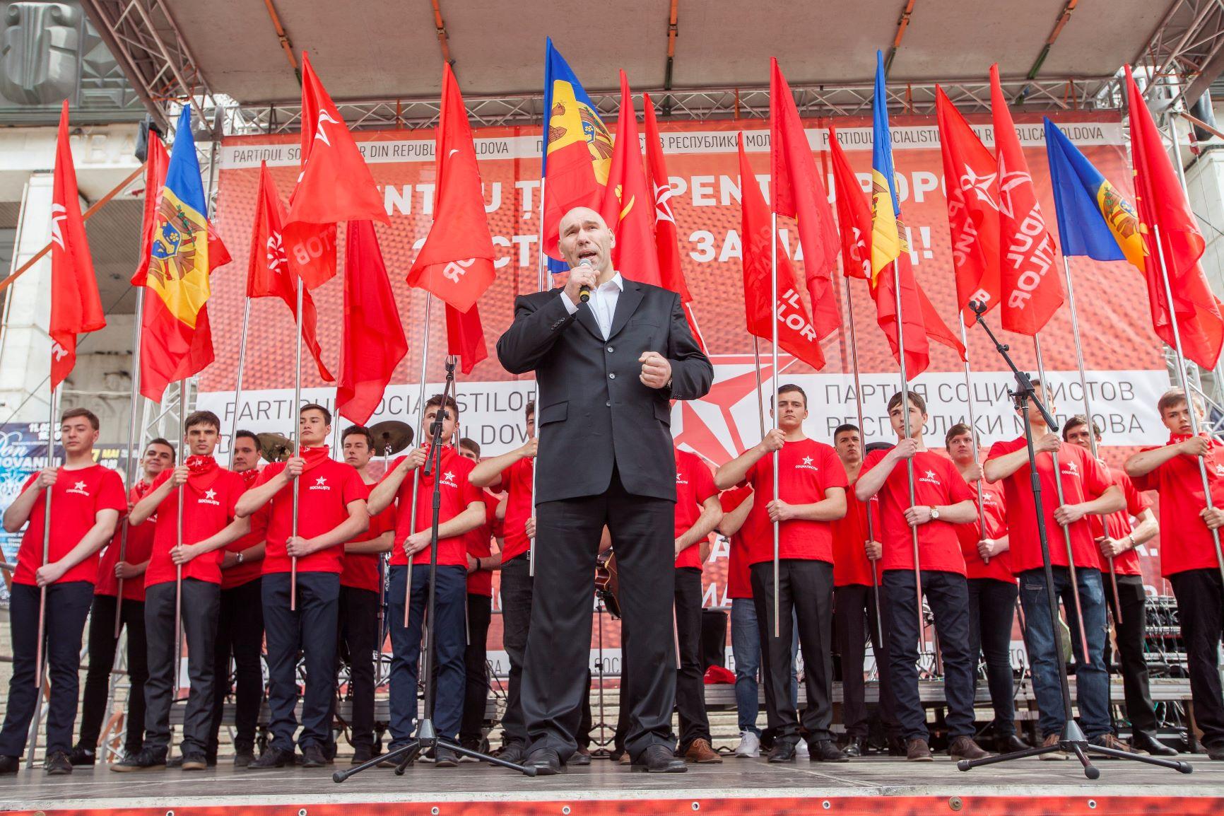 Политиката скарала Кличко и Валуев (ВИДЕО)