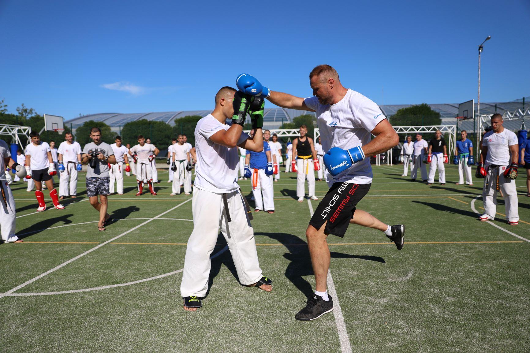 Бойни страсти с KWU International Professional League край морето (СНИМКИ)