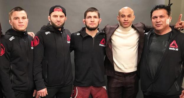 Трима от семейство Нурмагомедов ще се бият на UFC 254 (СНИМКА)