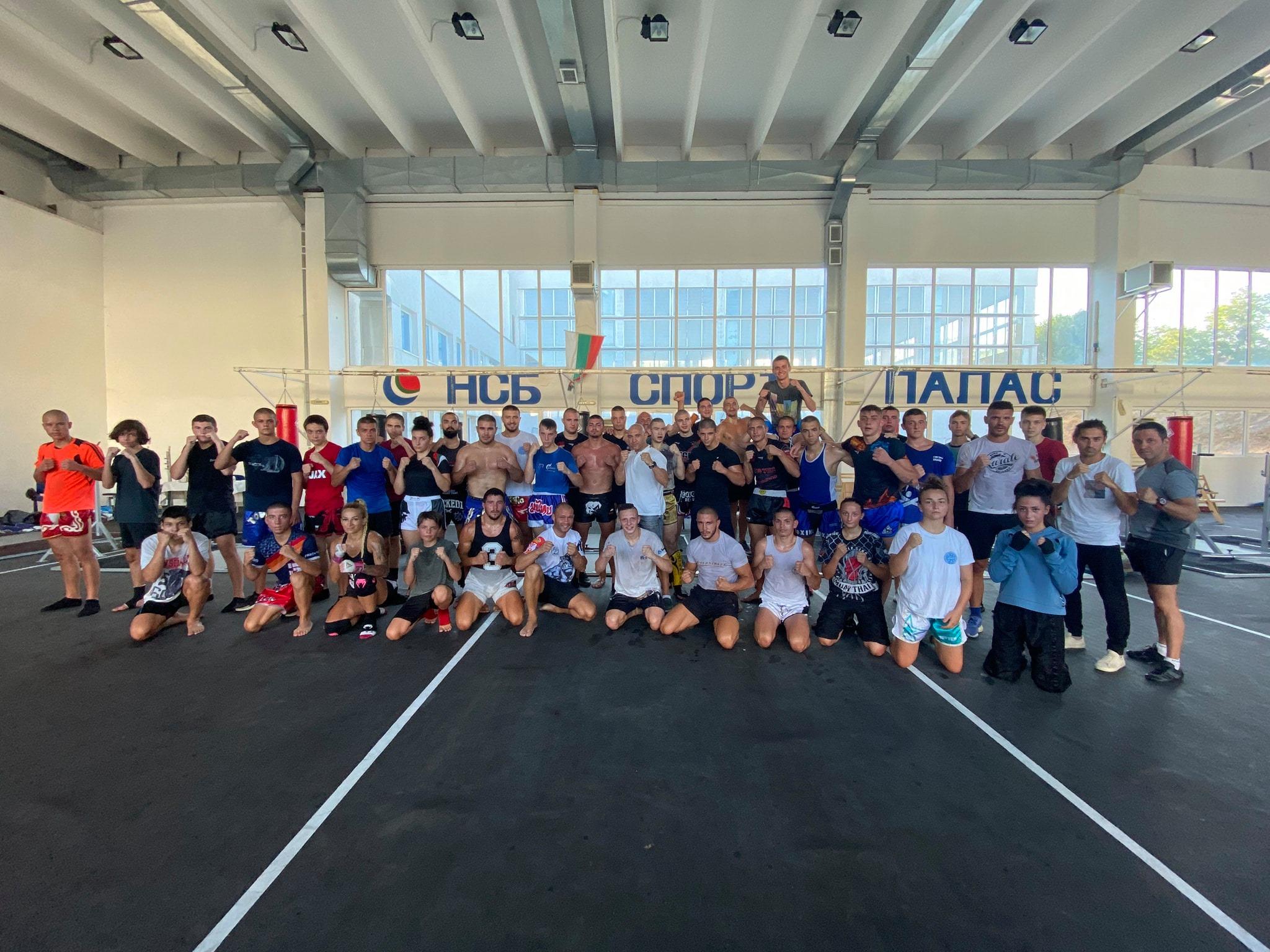 Националите по кикбокс със спаринг маратон (ВИДЕО)