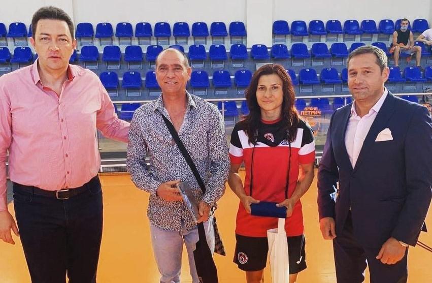 Петрич награди боксови звезди на България