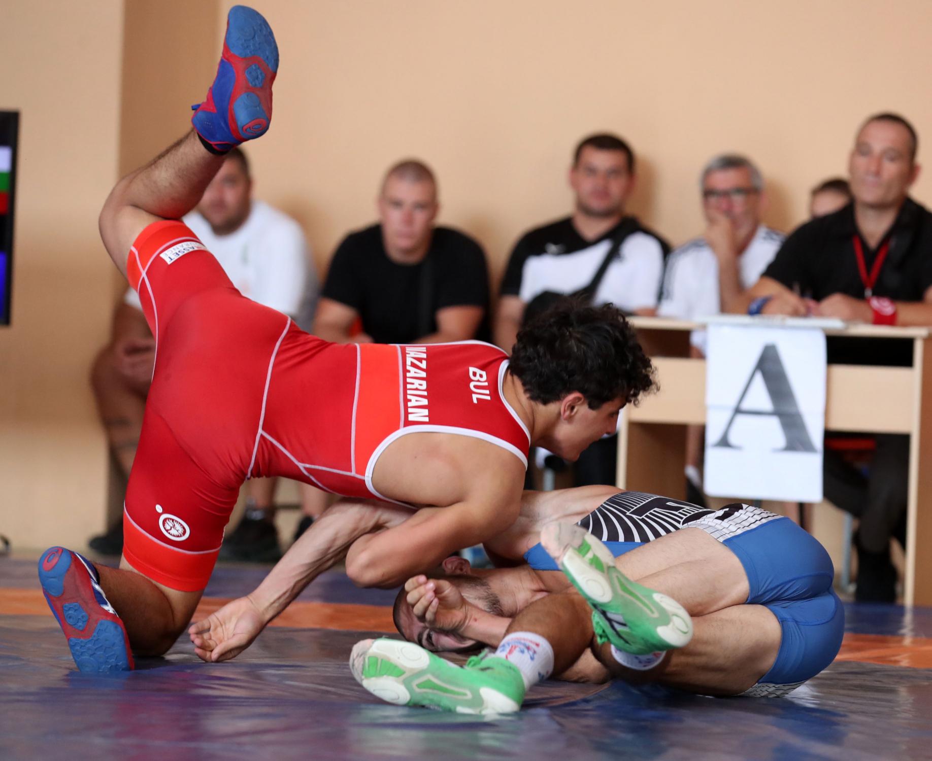 Едмонд Назарян с титла и купа за най-техничен състезател