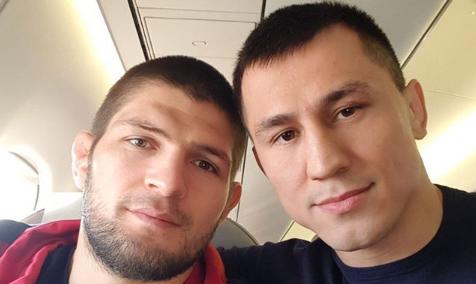 Олимпийски шампион по борба поздрави Хабиб (СНИМКА)