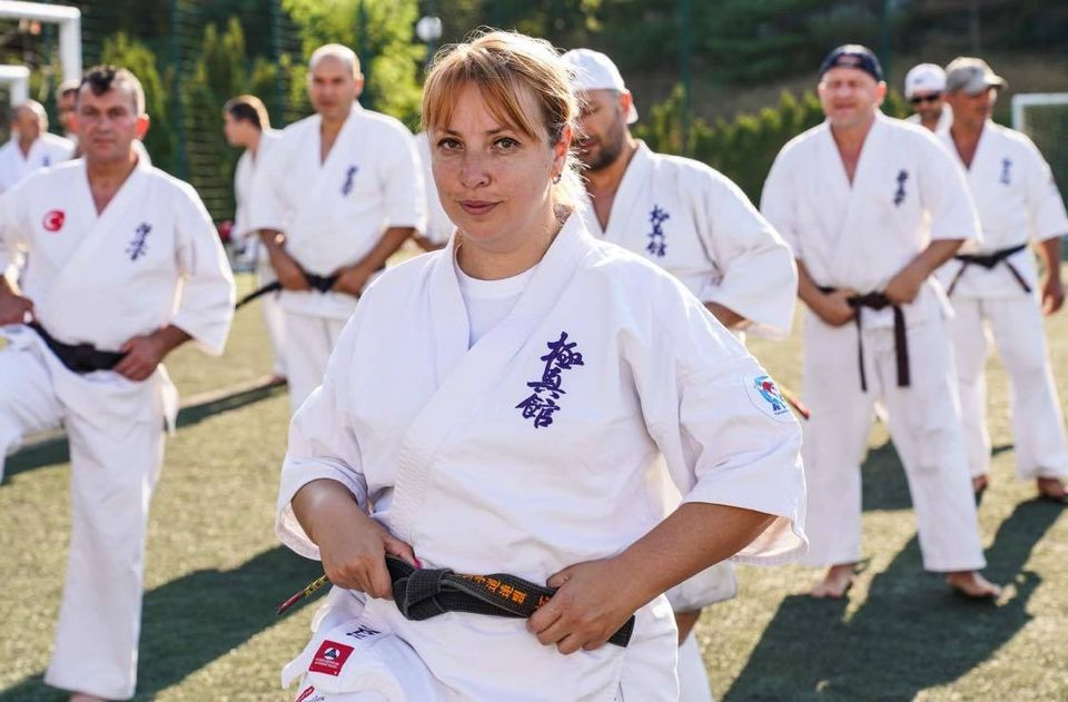 Сенсей Пролет Василева: Променихме упражненията заради мерките