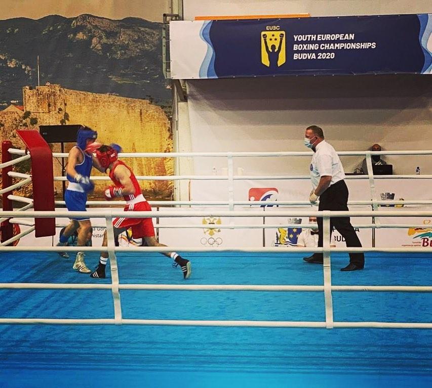 Още два медала за боксьорите ни в Будва
