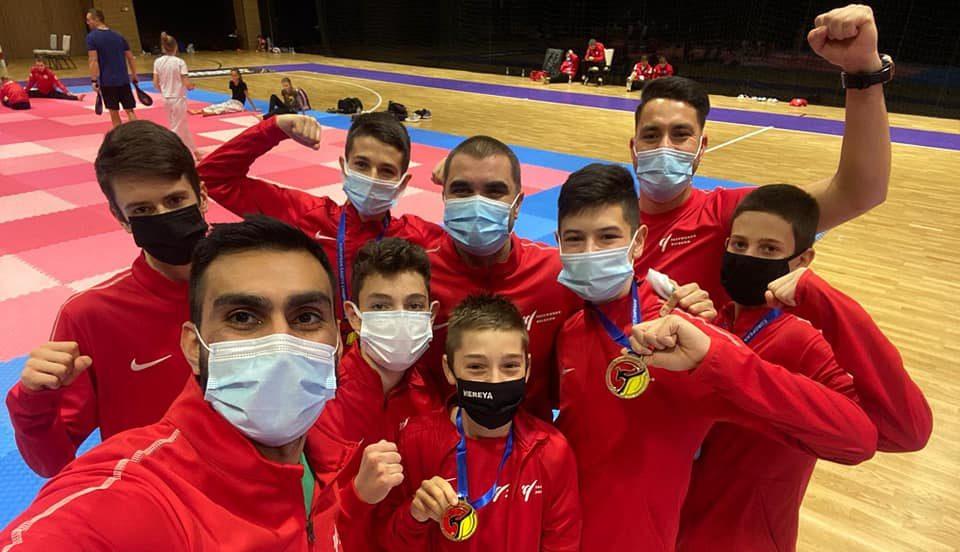 Шест медала спечелиха българските таекуондисти на Европейското (СНИМКИ)