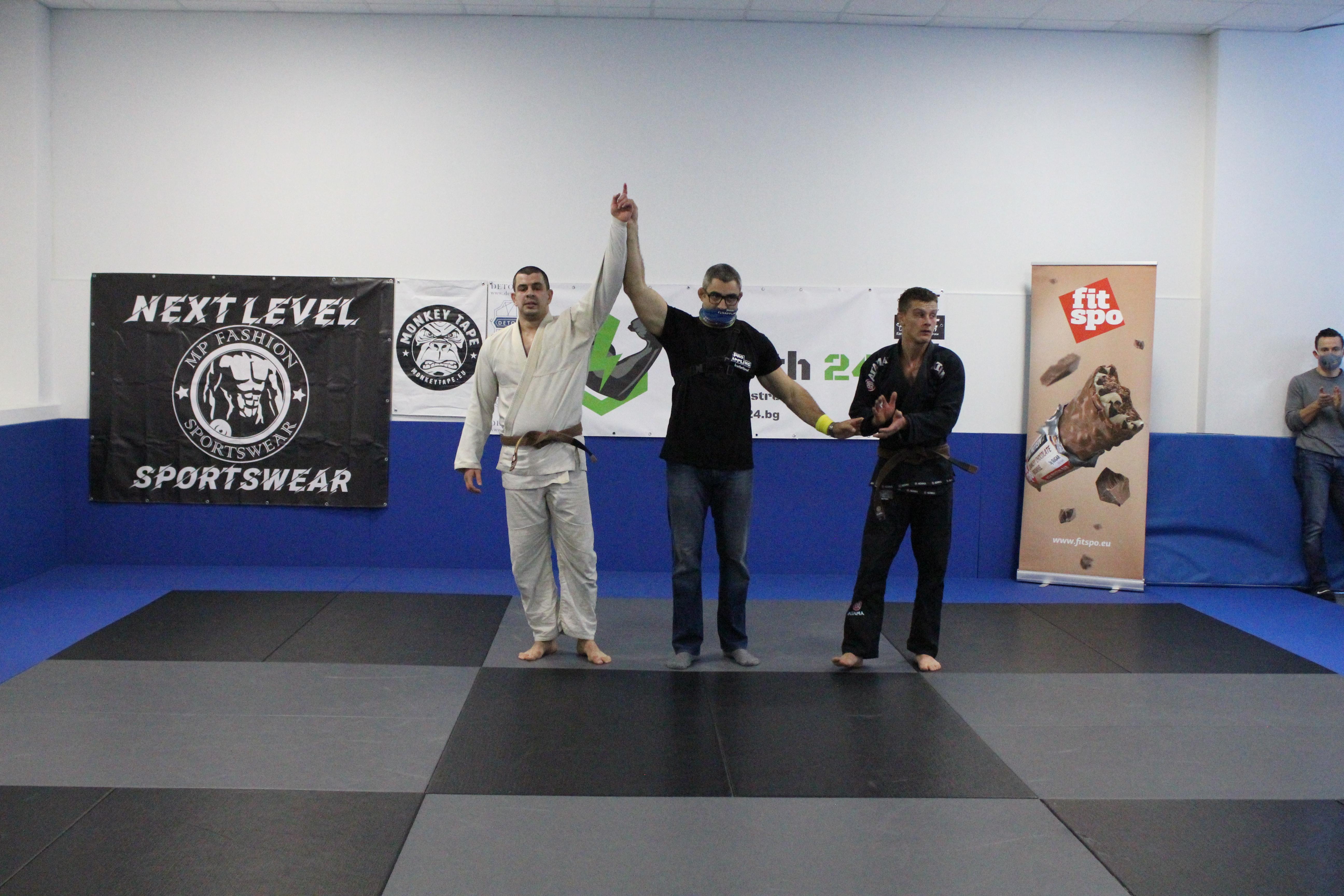 Александър Александров е абсолютният шампион на Pro Grappling Invitational