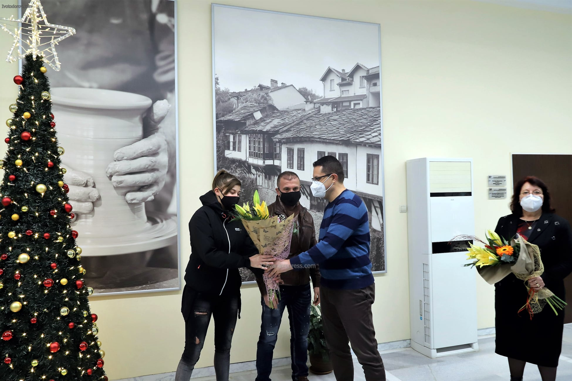 Общински съвет Троян награди Анна-Мария Манушева