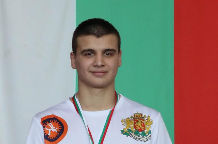Кольо Димитров – четвърто поколение шампион по борба и гордост на Ямбол