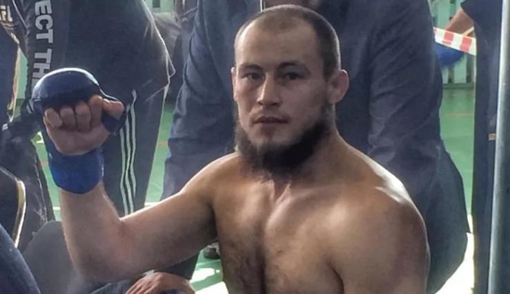 Гладиатор подписа с UFC