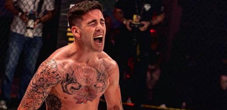 Снайпера ще дебютира в UFC срещу Джаксън