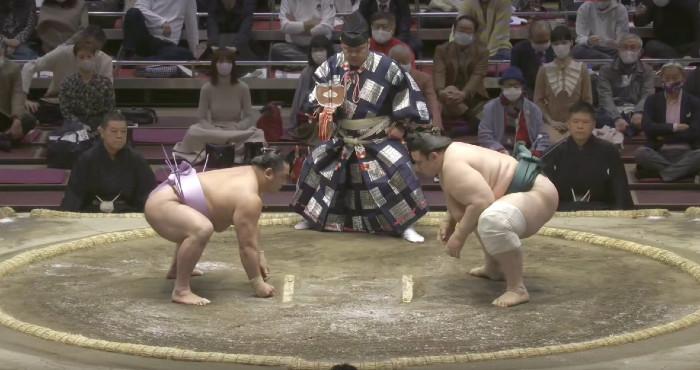 "Втора поредна победа за Аоияма на ""Хару Башо"""