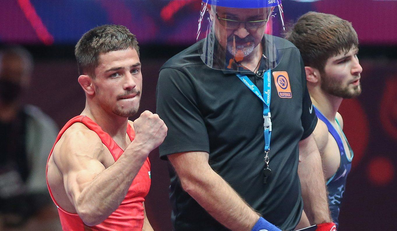 Вангелов и Умарапаеш остават в борбата за медалите на Световното първенство