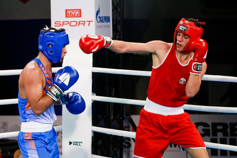 Двама родни боксьори атакуват финал на световното по бокс днес