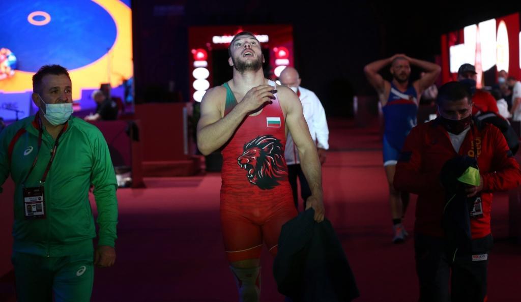 Назарян търси спаринги за Кирил Милов