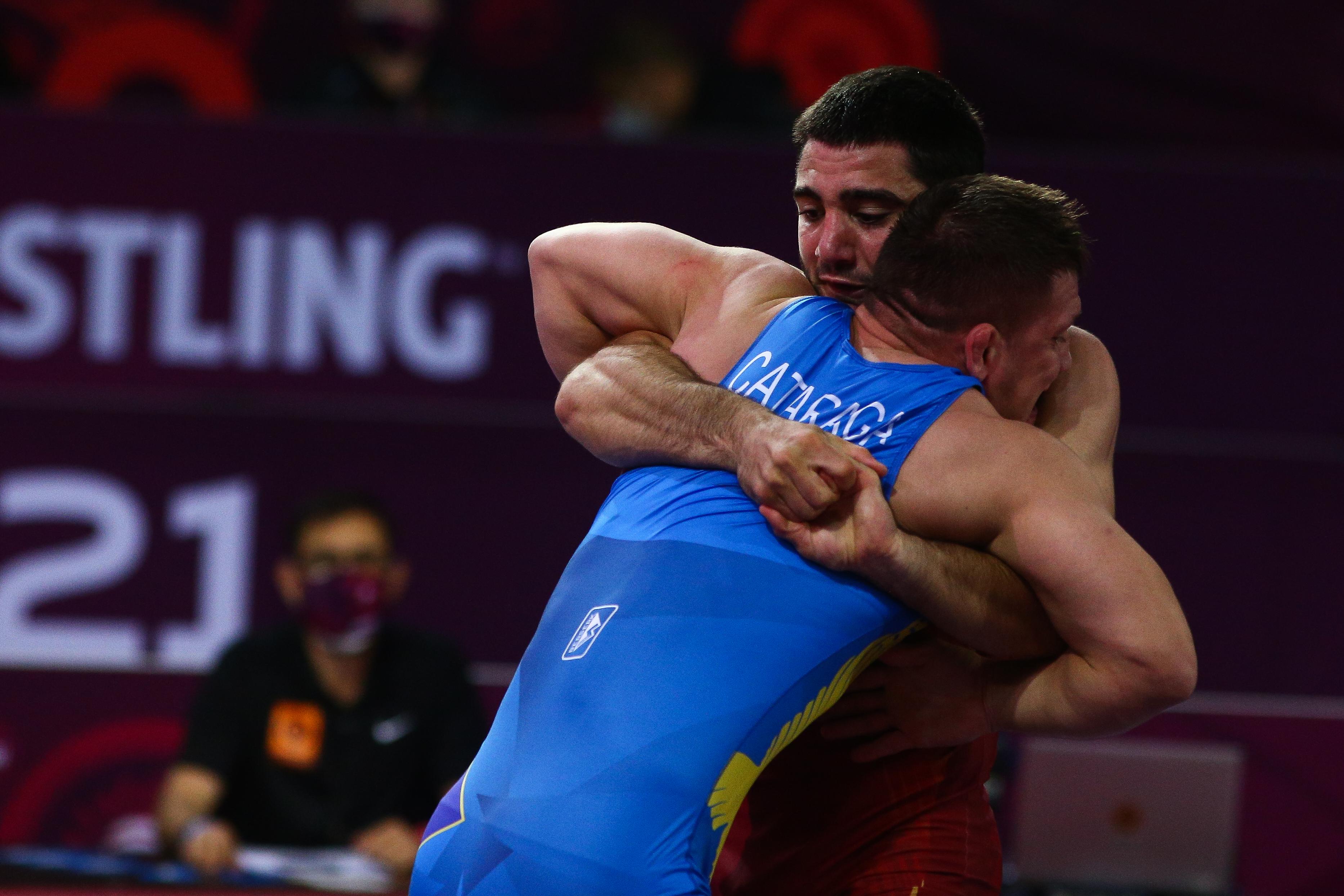 Само Мнацаканян остана с шанс за виза за Олимпиадата