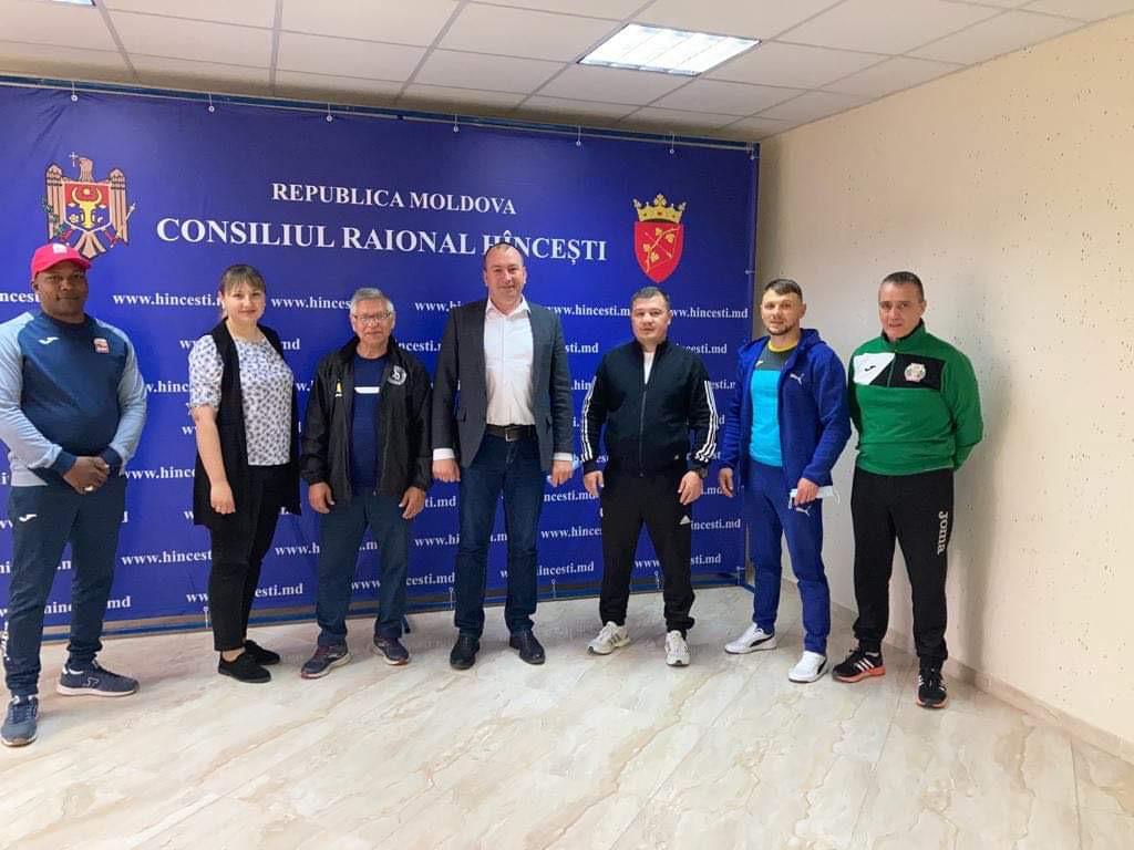 Боксьорите ни с осем мача в Молдова