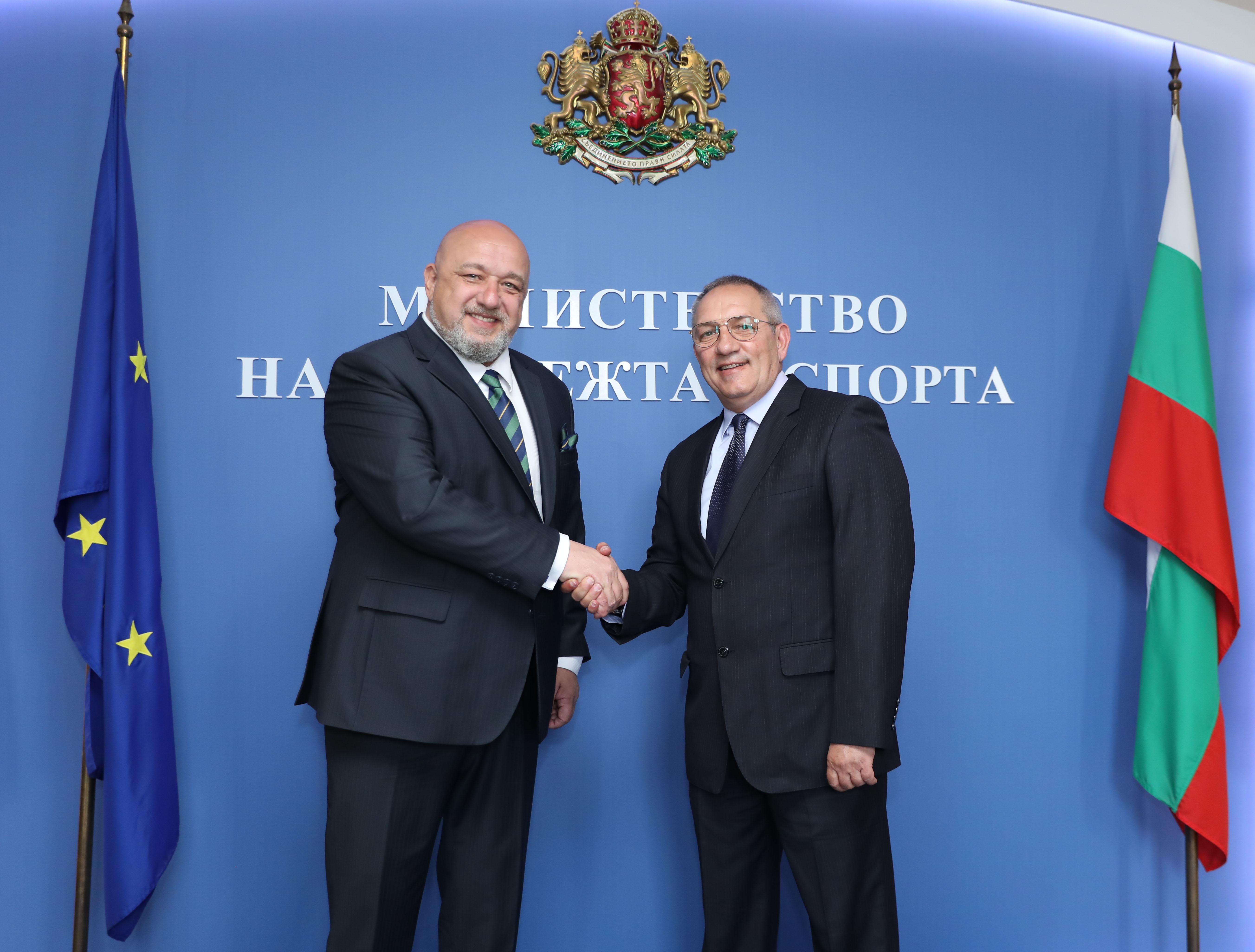 Андрей Кузманов встъпи в длъжност  като министър на младежта и спорта