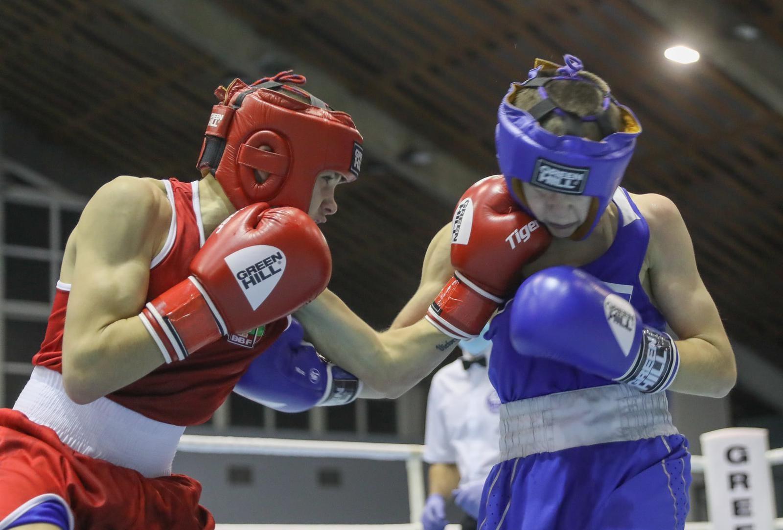 119 боксьори стартират на държавното за юноши в Добрич