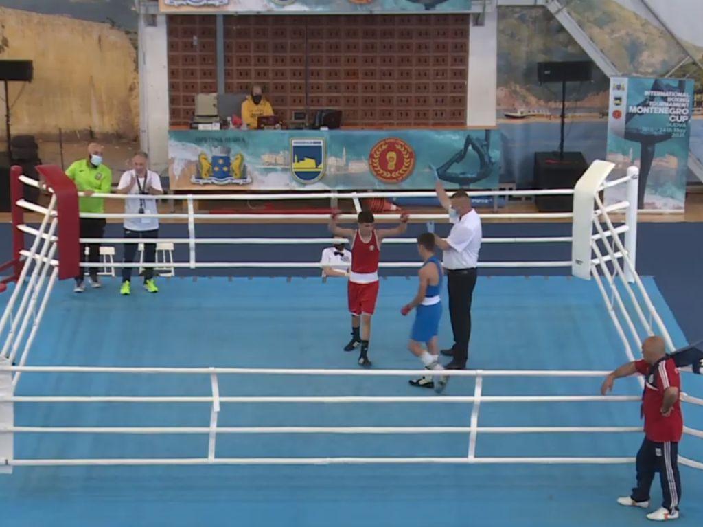 Нов успех на боксьорите ни в Черна гора