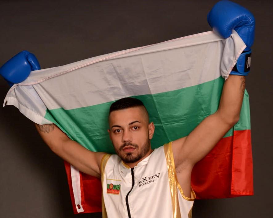 Илиян Марков с 2 килограма по-лек от Хийни (видео)