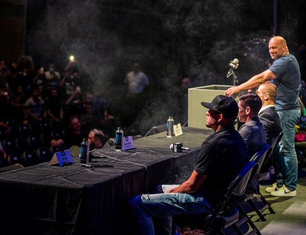Нейт Диаз разпусна с джойнт преди UFC 263 и обеща зрелище (ВИДЕО)