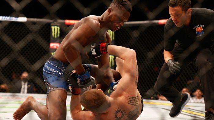 UFC дебютант срази опонент за 7 секунди и се контузи след това (ВИДЕО)