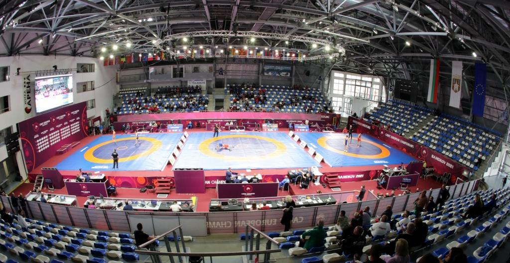 Българин на полуфинал на Европейското по борба в Самоков