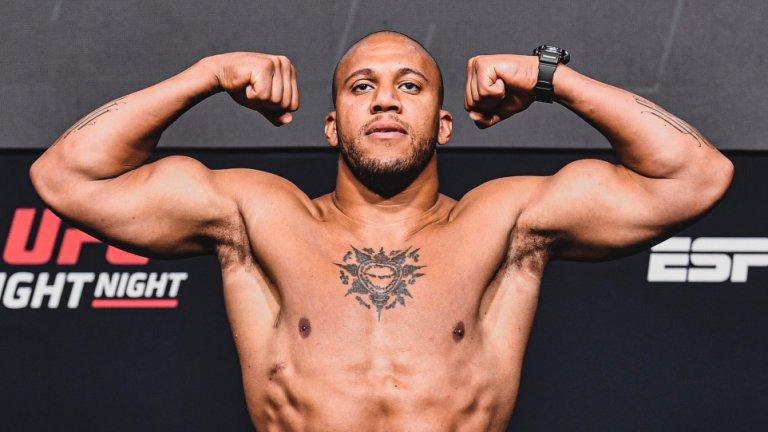 Дейна Уайт даде шест бонуса след UFC 265