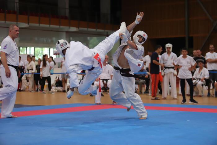 България с двама шампиони от Световната купа на KWU