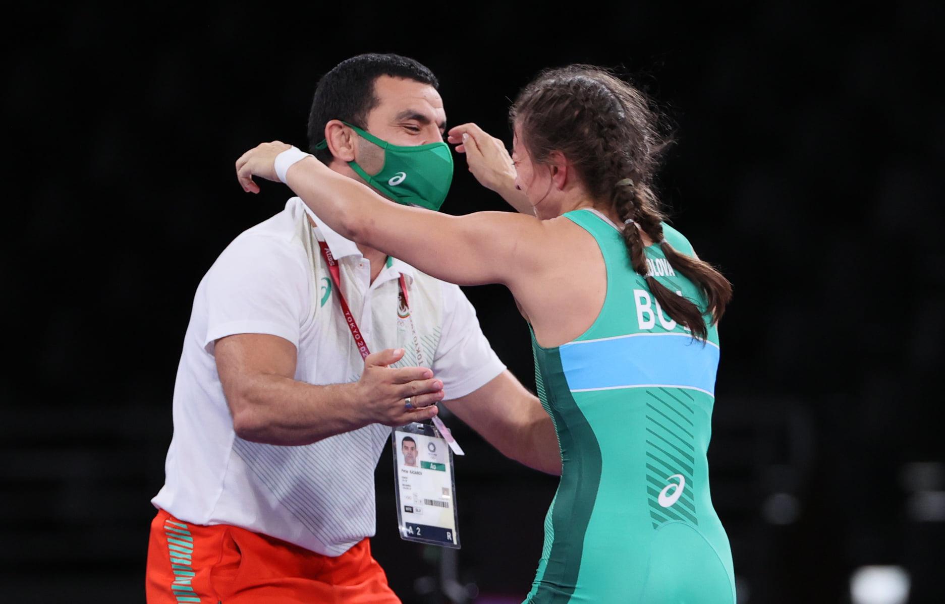 Петър Касабов: Досега не сме взимали два медала в женската борба