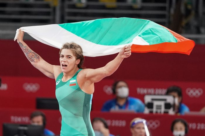 Бронзовата олимпийска медалистка Тайбе Юсеин получи награда от община Кубрат