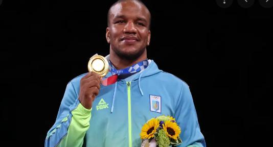 Единственият олимпийски шампион на Украйна беше поруган в родината си