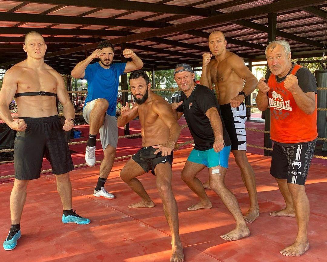 Знаменити спортисти тренират с Наката в Лозенец