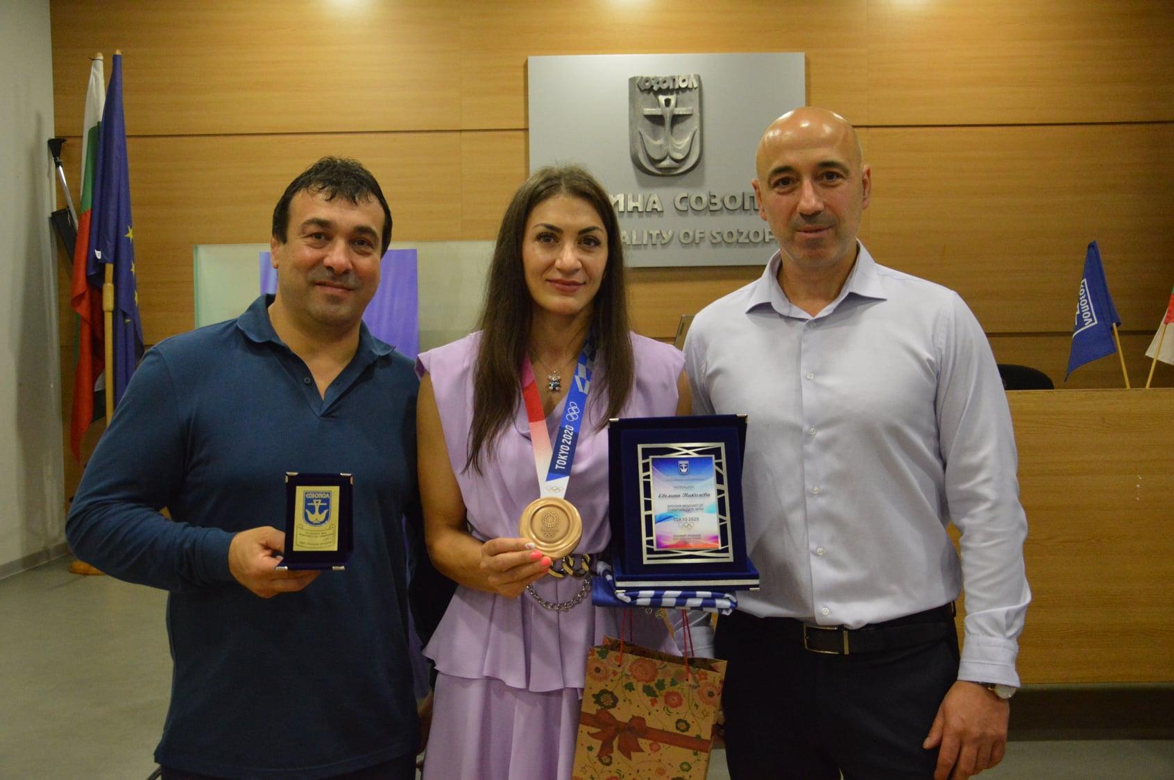 Номинираха Евелина Николова за почетен гражданин на Созопол (ВИДЕО)