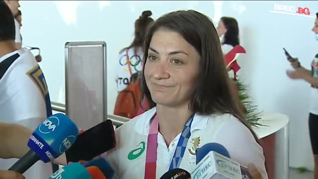 Евелина Николова: Още не съм решила за Световното