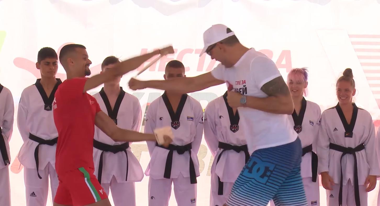 Владимир Далаклиев даде урок на Пушката по таекуондо