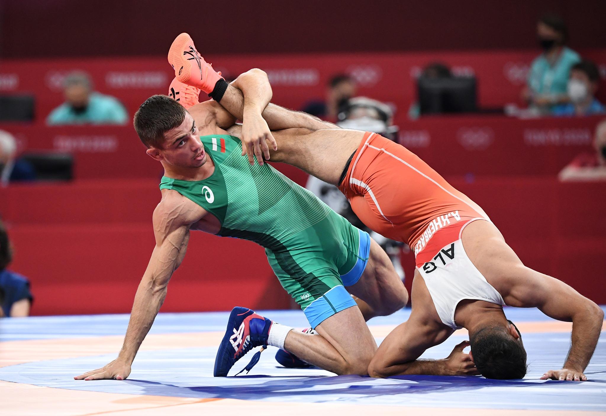 Индиец спря Вангелов на 1/4-финалите на Олимпийските игри