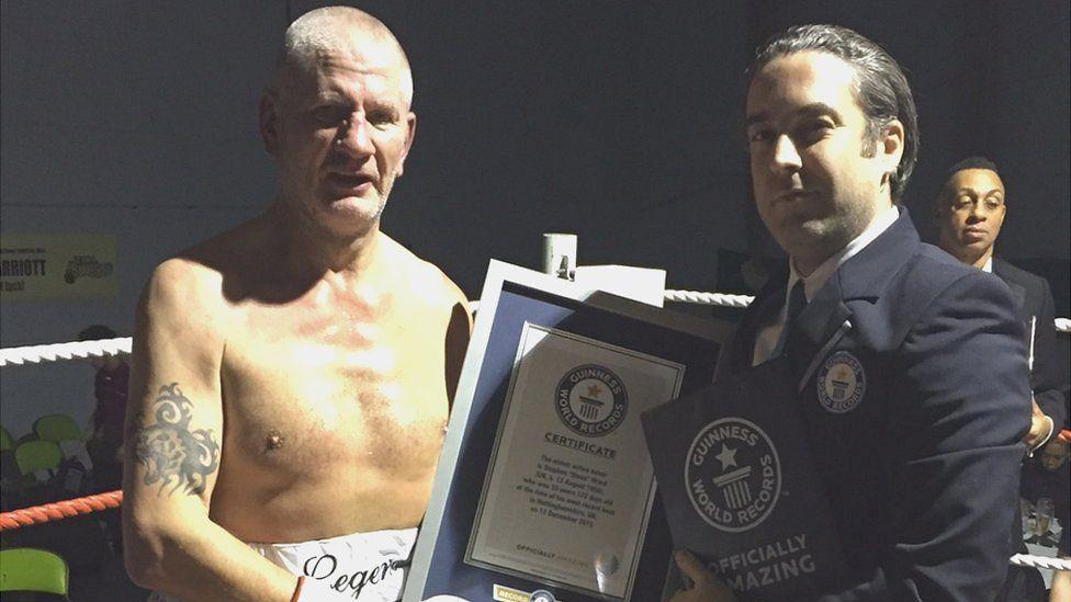 64-годишен се отказа от бокса като световен шампион!