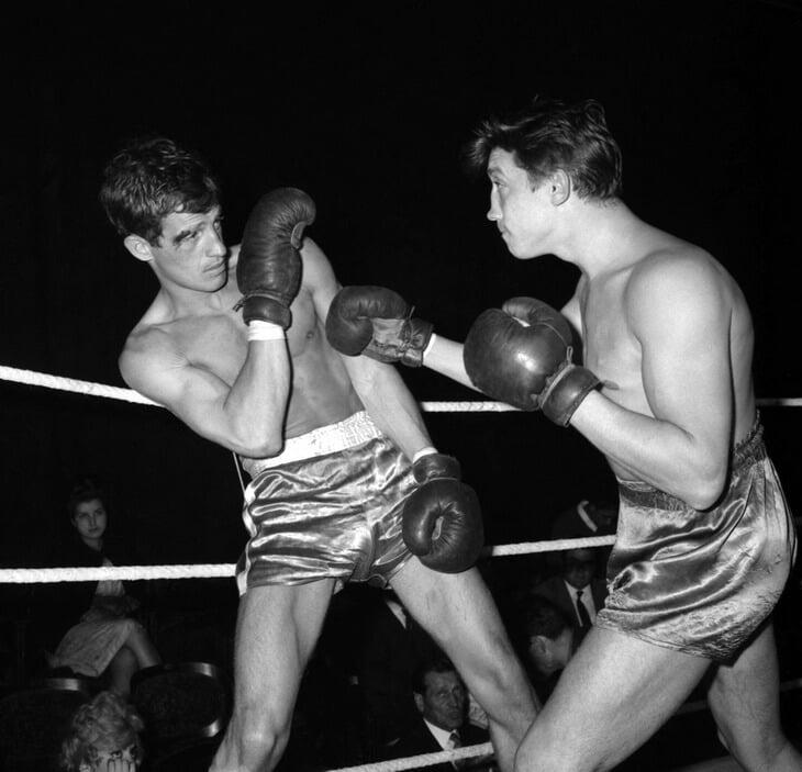 Жан-Пол Белмондо е бил шампион на Франция по бокс