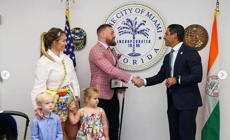 Специално признание за Конър в Маями