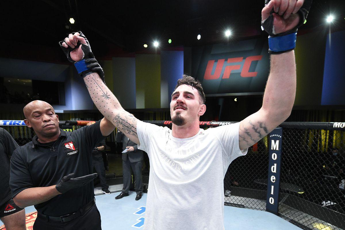 Аспинал полетя в ранглистата на UFC